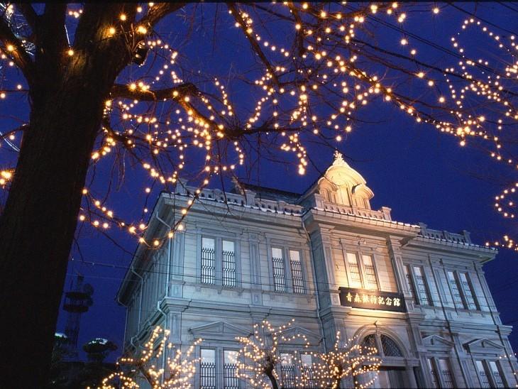 冬の夜の洋館散歩